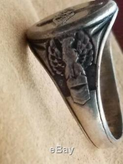 Im Selling a Used Vintage Sterling Silver WWII Army Air Corps Ring