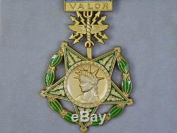 US ORDER BADGE USA WW1 WW2, Army, Navy, Air force, FULL SET OF MEDAL HONOR RARE