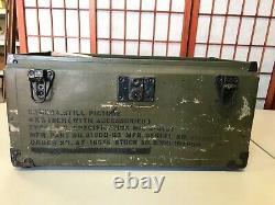U. S. WWII Army Air Forces Graflex Ground Camera 4 x 5 with original case & Accs