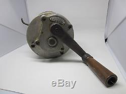 Vintage Hand Crank WWII Imperial Japanese Army Air Raid Siren