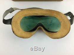 WW2 US Army Air Force Polaroid Flying Goggles B-8 Box with Lenses And Booklet