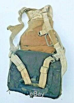 WW2 US Army Air Force seat pack parachute 1942 complete early bayonet fasteners