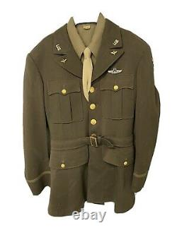 World War II (WWII) US Army Air Corps Uniform Officer Jacket, Tunic. Command